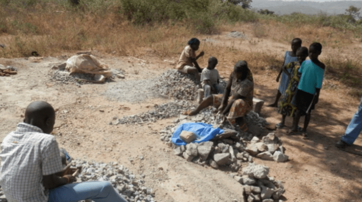 Abuja Mining Sites Where Women, Children, Break Rocks For Survival