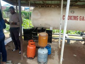 Cooking gas station